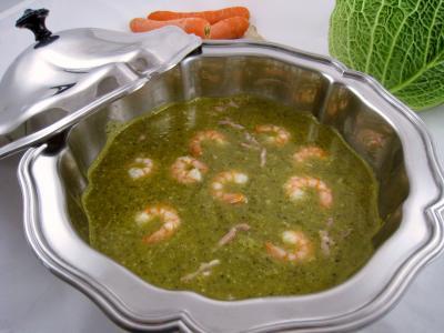 Cuisine diététique : Soupière de velouté de chou aux crevettes