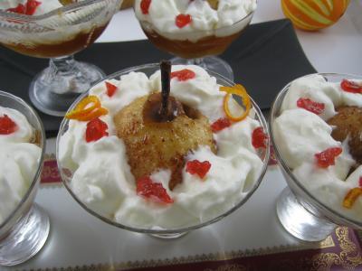 cidre doux : Coupes de poires au cidre et crème fouettée