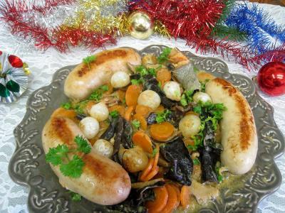 Image : Assiette de boudins blancs aux champignons et aux chiitakes