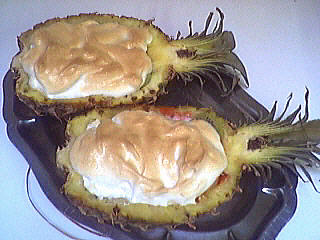sel : Ananas farci et meringué
