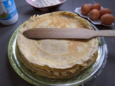 farine de sarrasin : Assiette de crêpes de blé noir
