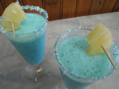 Recette Verres de cocktail crème de coco au curaçao