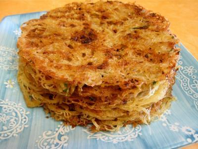 vermicelle de riz : Assiette de galettes de vermicelle de riz
