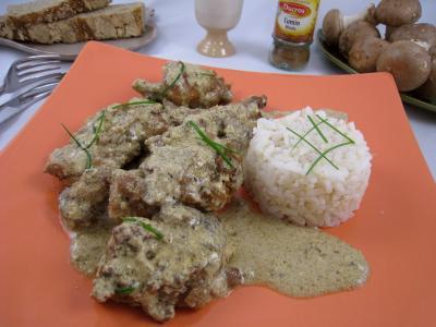 Image : Assiette de lapin à la grecque