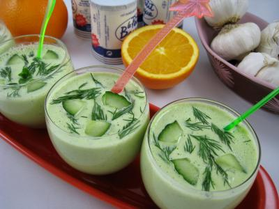 Image : Verrines de tzatziki ou concombre au yaourt à la grecque