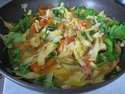 cuisson des brèdes ou cresson