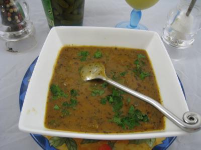 vinaigre de cidre : Ramequin de sauce sainte-Ménéhould à la tomate