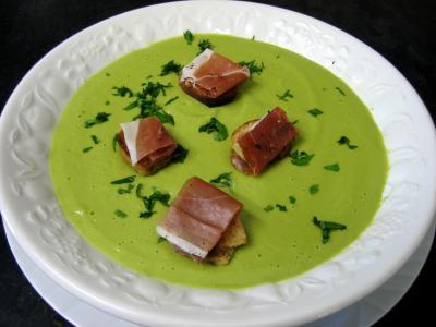 Recette Assiette de soupe froide aux petits pois