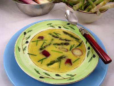 Cuisine diététique : Assiette de crème d'ognasses et asperges