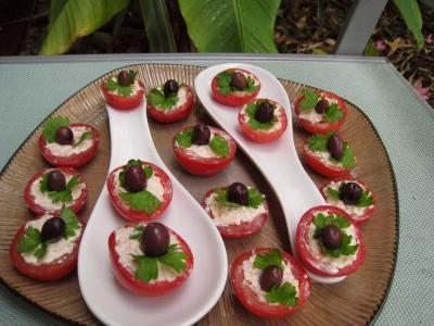 boursin : Assiette de tomates cerises apéritives