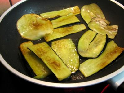 Beignets d 39 aubergine supertoinette la cuisine facile - Cuisiner l aubergine facile ...