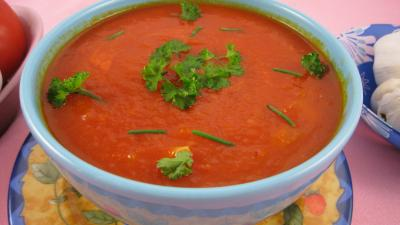 Image : Bol de sauce tomates sicilienne