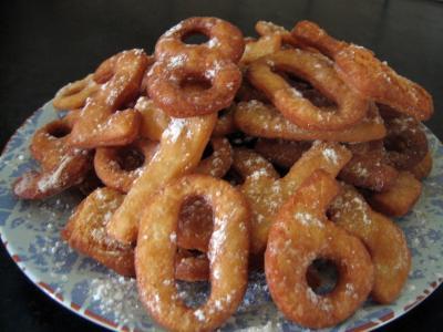 Recette Assiette de biscuits chiffrés de mardi gras