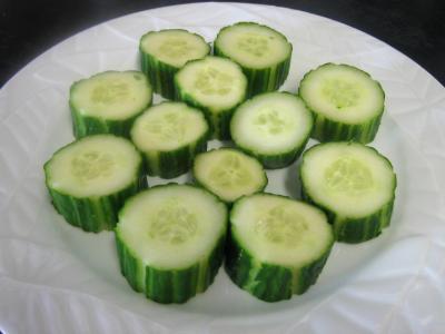 Bouchées au concombre et au roquefort - 1.2