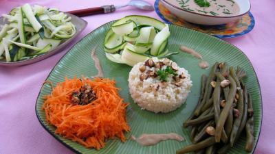 Image : Assiette de salade de haricots verts aux noisettes