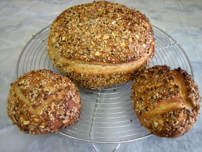 Photo : Boules de petits pains aux céréales