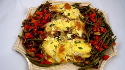 Cuisine corse : Assiette de côtes de porc gratinées au parfum de Corse