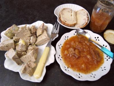 Image : Assiette de chutney aux bananes et aux figues