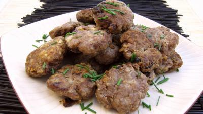 Image : Assiette de boulettes de viande façn allemande