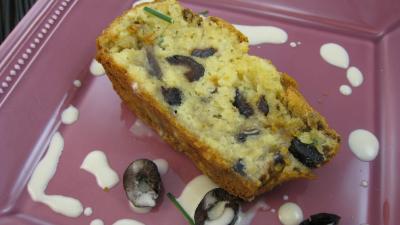 fromage de brebis : Tranche de cake aux champignons