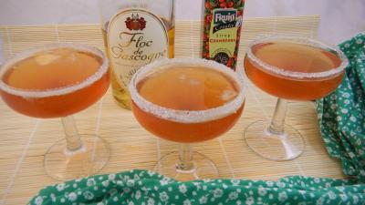 boisson alcoolisée : Verres de cocktail au floc de Gasgogne