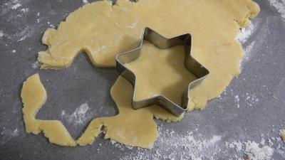 Biscuits sabl s de no l supertoinette la cuisine facile - Biscuits de noel facile ...