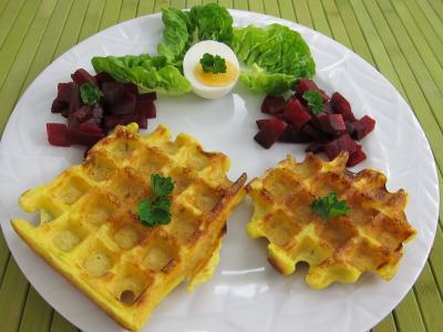 curcuma : Assiette de gaufres et sa salade