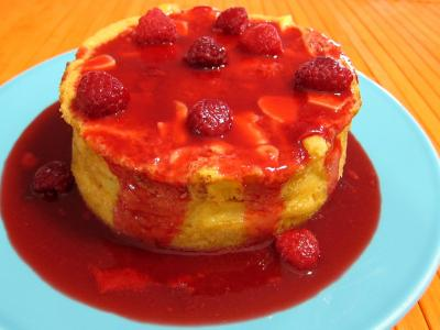 Image : recette Pudding aux pommes et son coulis de framboises