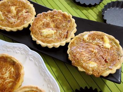 Tartelettes au brie et au jambon