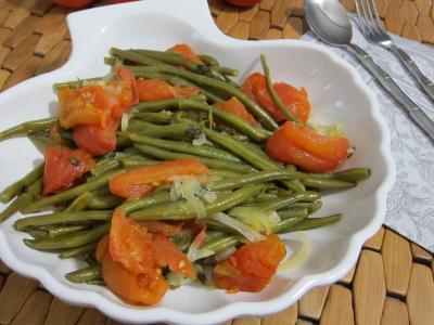 haricots verts : Saladier de haricots verts à la portugaise