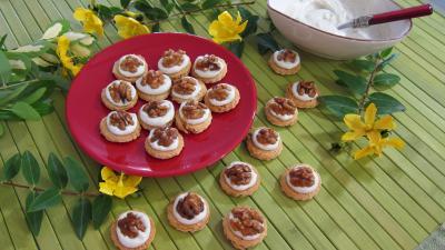 Recette Assiette de canapés aux noix