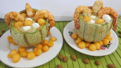 Image : Gaspacho de melon au lait d'amandes et gambas